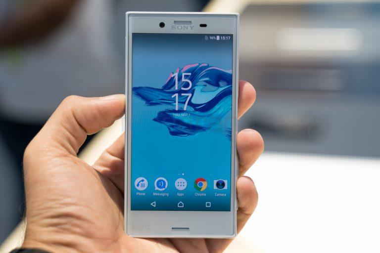 Обновленная версия телефона Сони Xperia Xбудет смини-рамками
