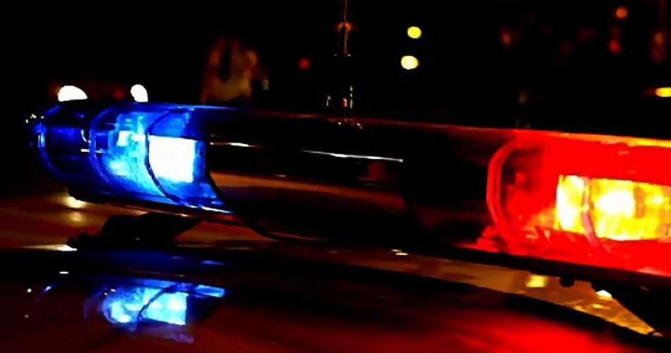 ВПервоуральске автомобиль насмерть сбил бродившего пошоссе пешехода