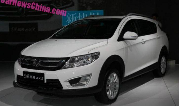Dongfeng начал продажи возможного соперника Lada Xray