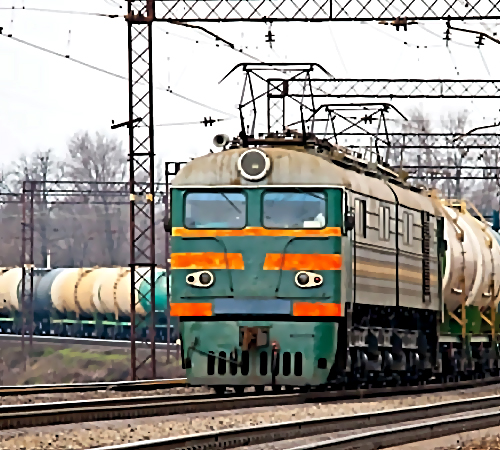 ВКраснодарском крае грузовой поезд насмерть сбил мужчину