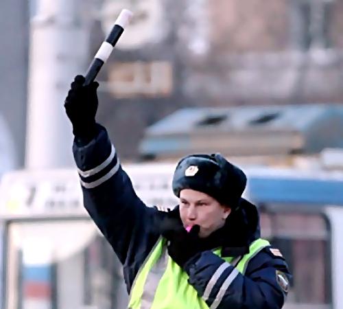 ВРостове несколько полицейских экипажей гонялись заводителем наBMV-X6