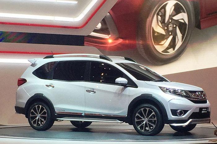 Honda начала продажи нового кроссовера Honda BR-V