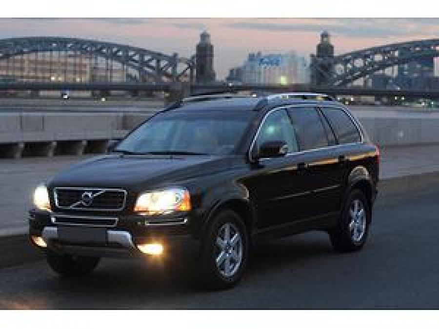 Volvo представила в США новый внедорожник XC90 T5