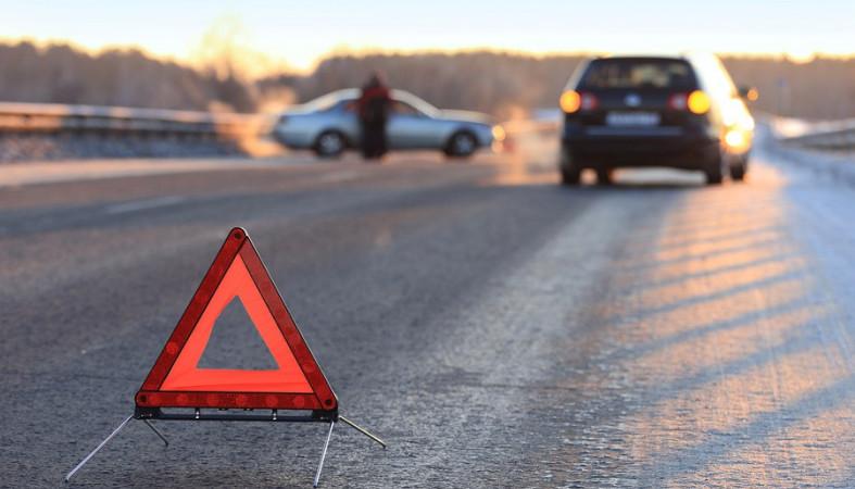Крупная авария наМКАД: 2-х пострадавших увезли навертолете