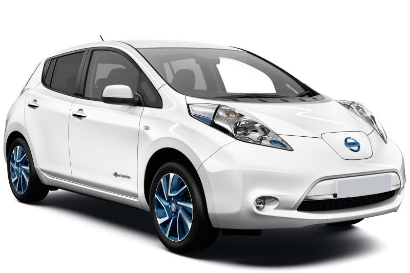 Tesla и Nissan стали самыми популярными электромобилями в Украине