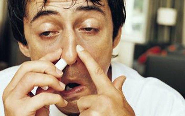 Ученые рассказали, накакие болезни указывает насморк