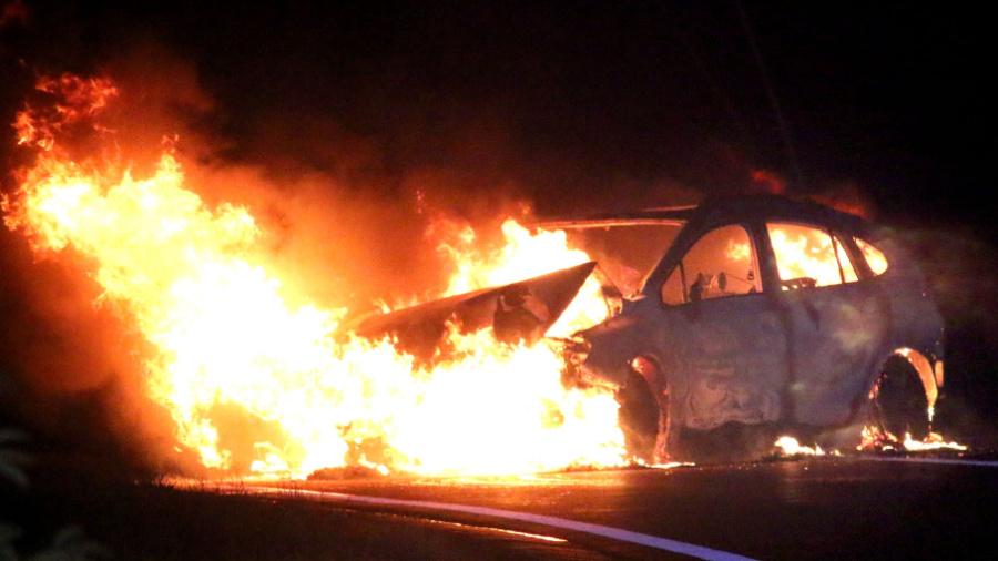 Насеверо-востоке столицы автомобиль после ДТП зажегся
