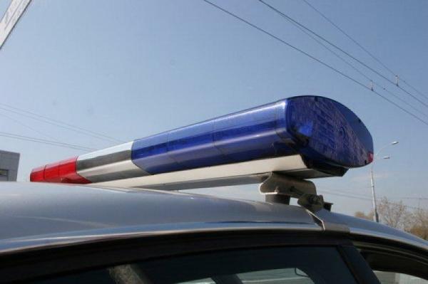 Иностранная машина въехала встолб вПодмосковье, есть погибший