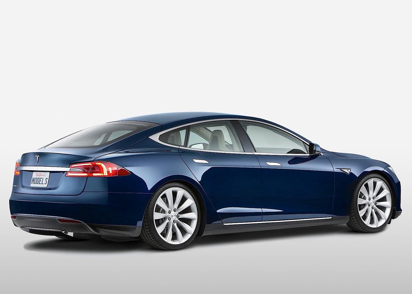 5 причин, почему Tesla Model 3 – полный отстой