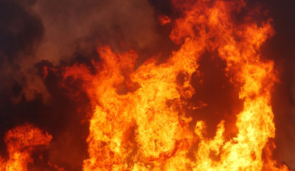 Два человека погибли впожаре вгараже назападе столицы