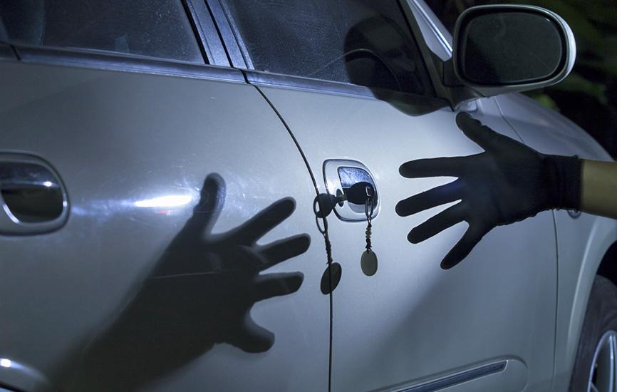 Пьяные граждане  Ленобласти угнали машину вВыборге, чтобы уехать домой