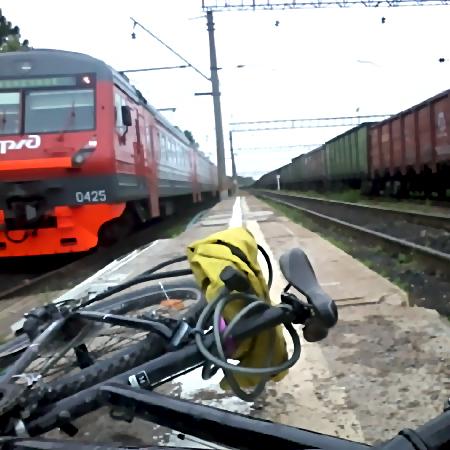 ВГатчине ребёнок умер под колёсами поезда