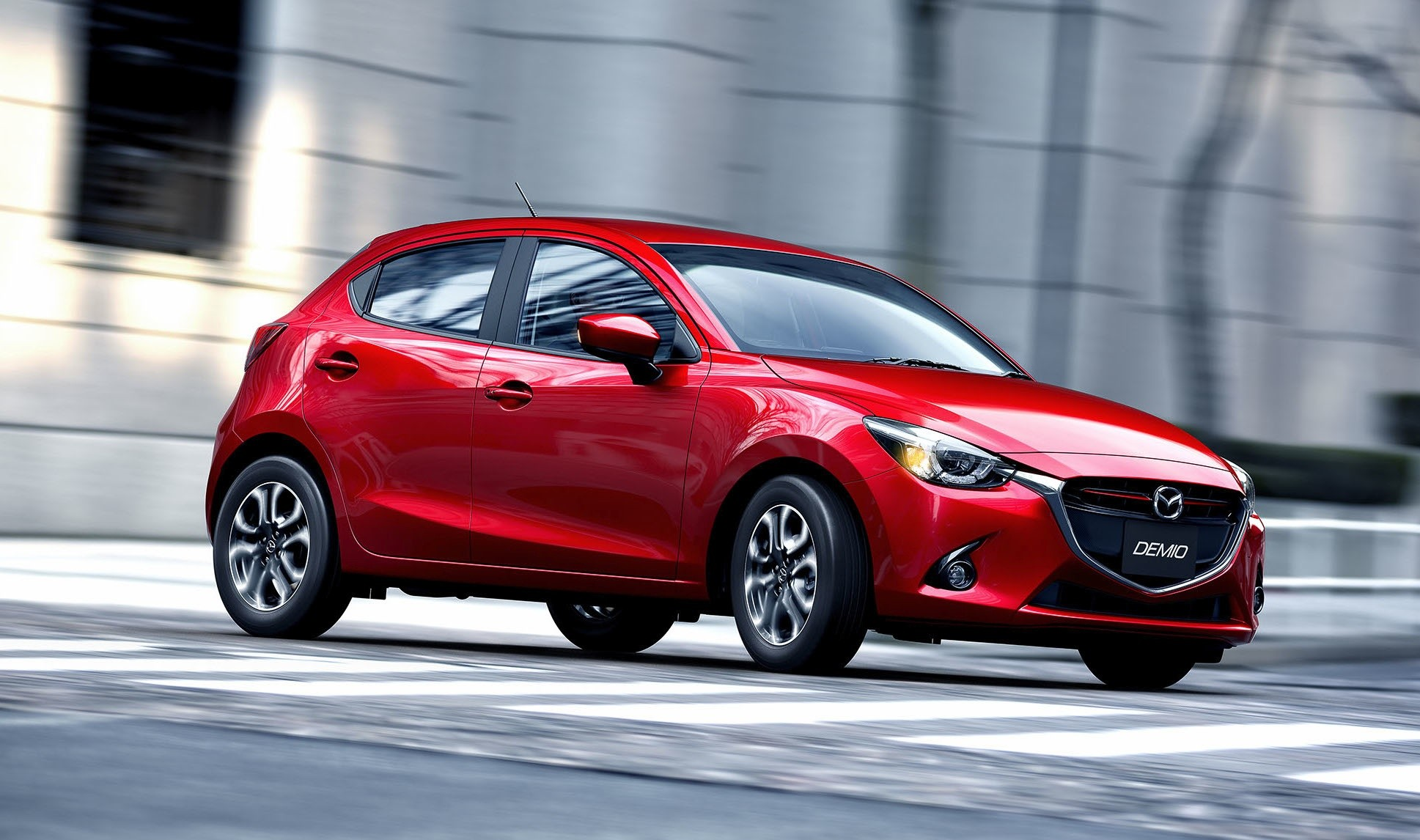 Mazda намерена отказаться от участия в Парижском автосалоне