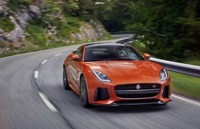 Jaguar озвучил рублевую стоимость самого мощного серийного F Type SVR