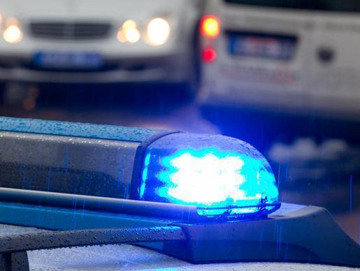 Шофёр автобуса умер вДТП с фургоном натрассе вТомской области
