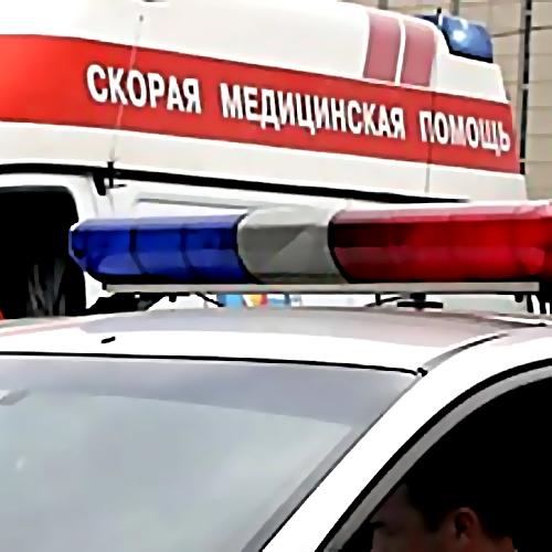 Иностранная машина Шевроле вылетев натротуар, сбила 2-х девушек— Петербург