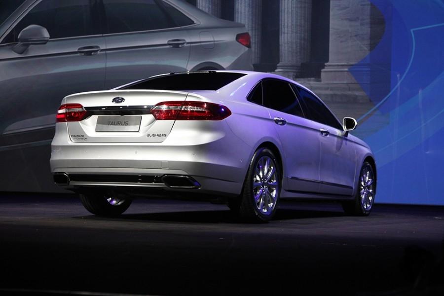 Форд планирует оборудовать свои авто беспроводной связью Wi-Fi