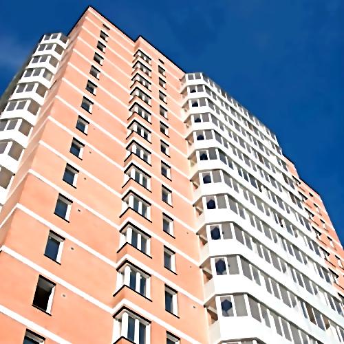 Ребенок чудом выжил после падения с10-го этажа вПетербурге