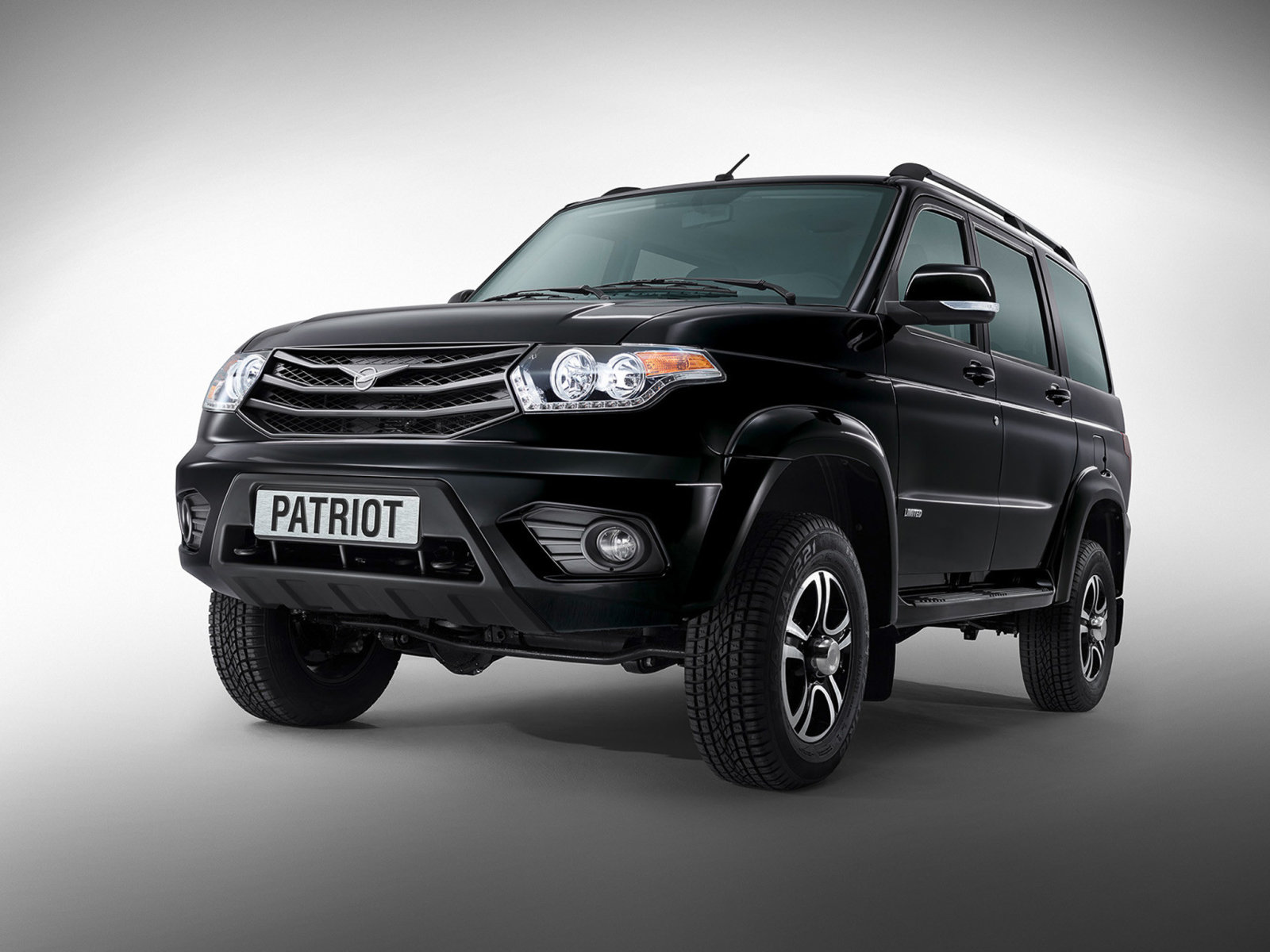 УАЗ запустит вИране завод посборке машин до 2018г.