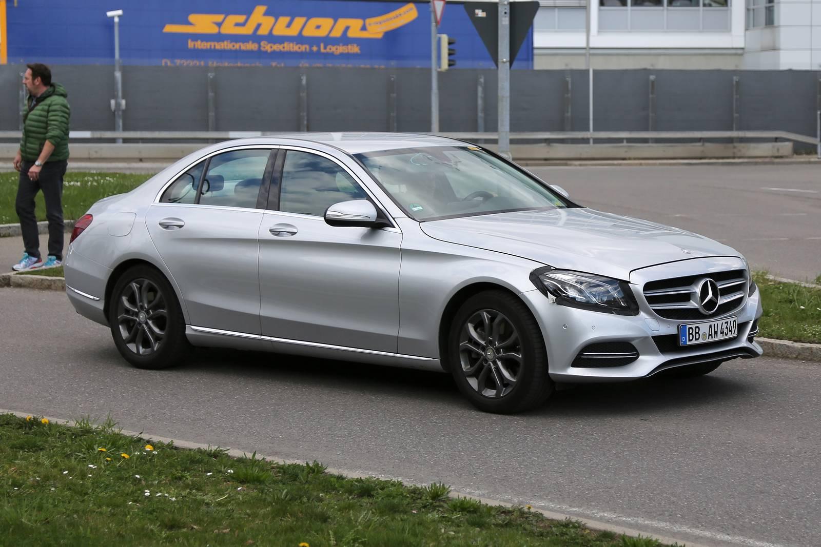 Benz презентует новый A-Class в 2018г.