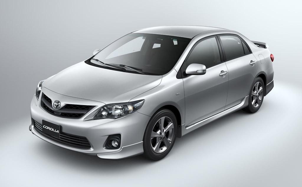 Улучшенный седан Тойота Corolla получил спортивную версию XRS
