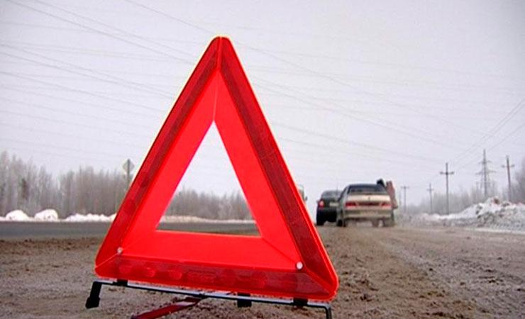 ВРостове-на-Дону при столкновении БМВ и Мазда пострадали три девушки