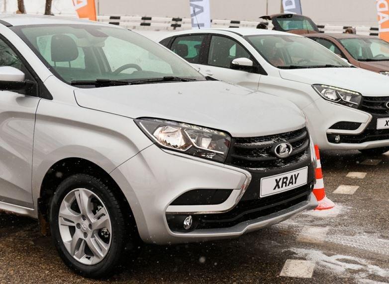 Молодые россияне отдают предпочтение автомобилям LADA