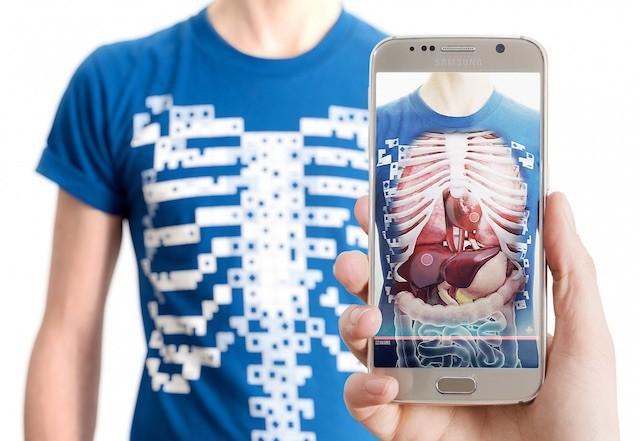Изобрели первую вмире футболку-рентген