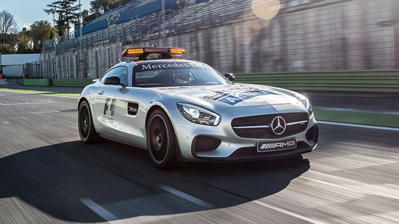 Mercedes представила новейшую машину безопасности для Формулы 1