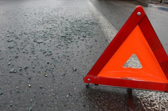 Переходя дорогу на«красный», девочка угодила под машину