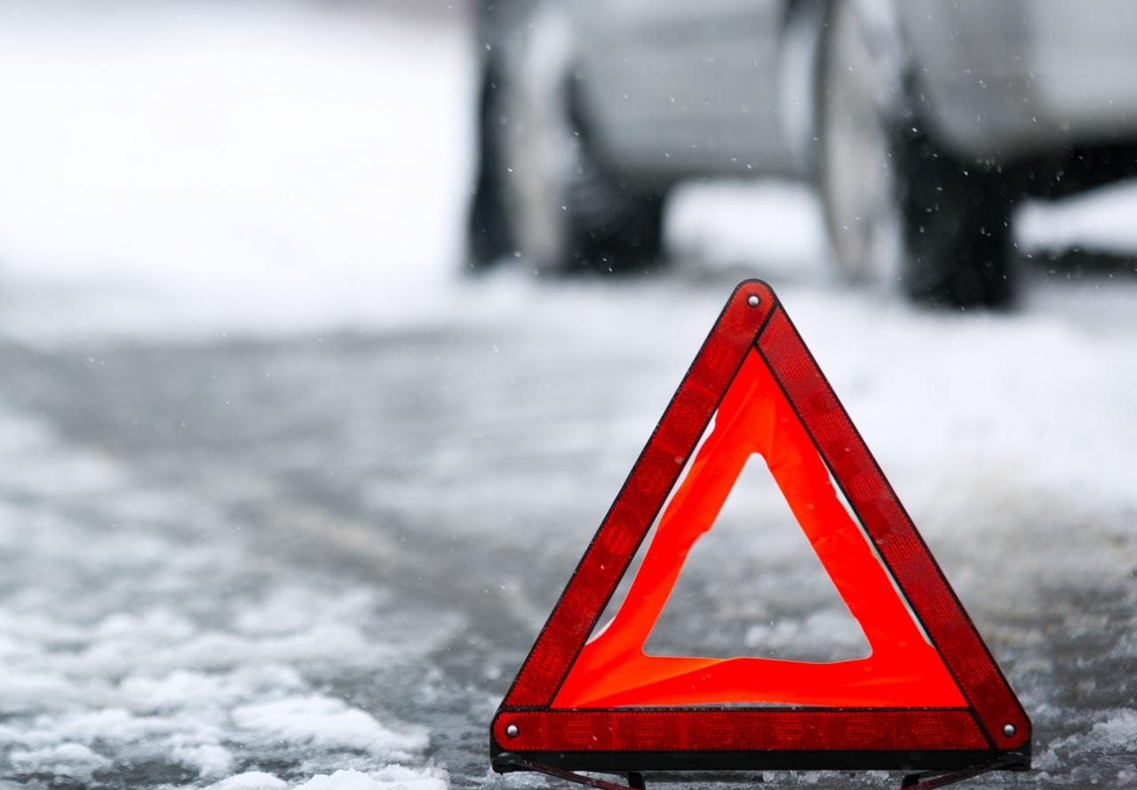 ВЯрославле иностранная машина сбила 14-летнюю девочку напешеходном переходе