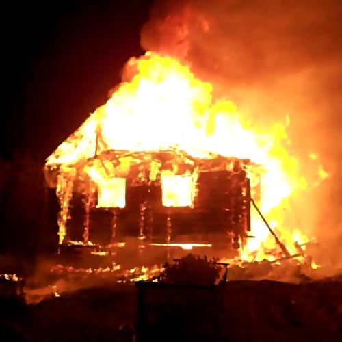Пенсионер забил супругу киянкой иподжег дом вРаменском районе