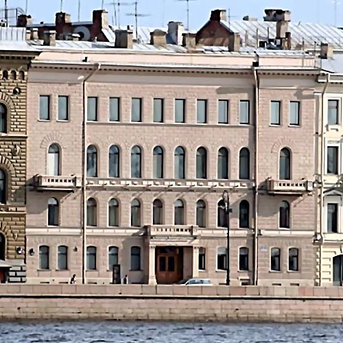 Замдиректора Эрмитажа арестован поподозрению вхищении 42 млн. руб.
