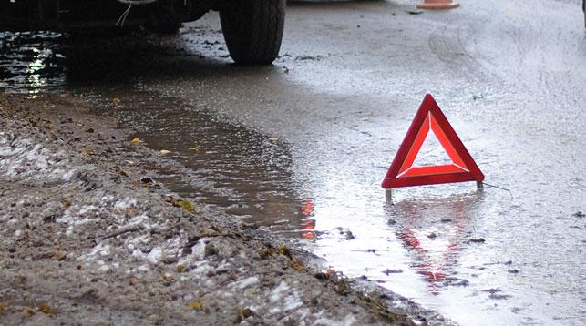 Смертельное ДТП вЮжно-Сахалинске: шофёр такси убежал, бросив умирать клиентку