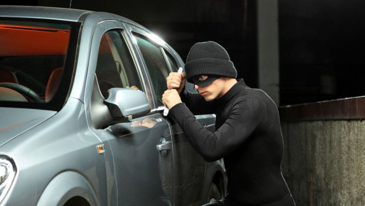 ВЛюберцах у основного пограничного инспектора угнали вседорожный автомобиль за2,5 млн