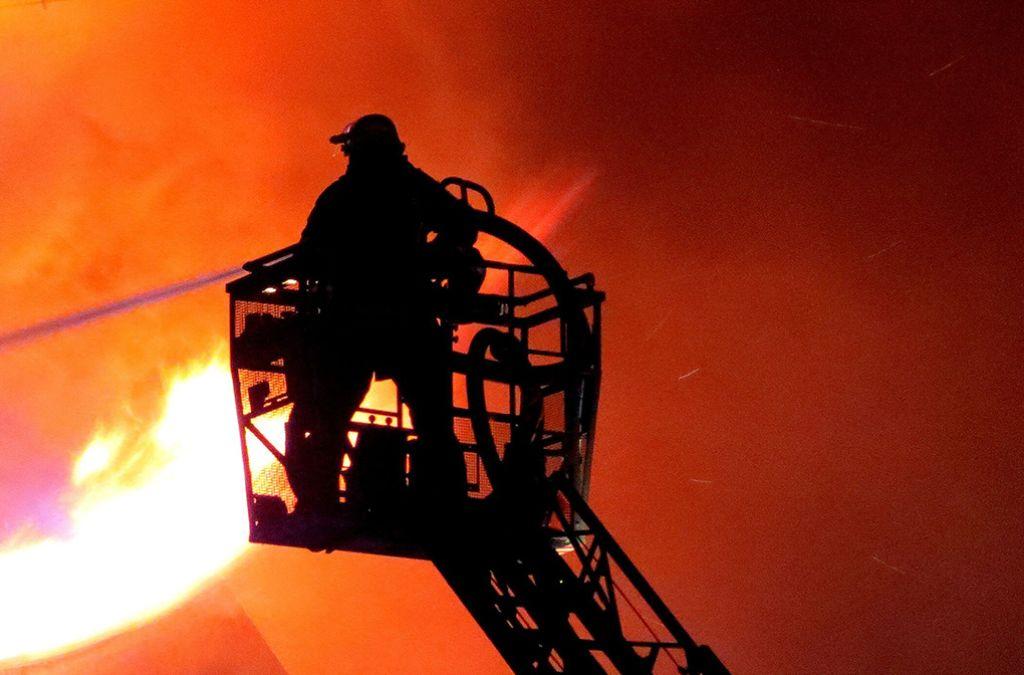 Напожаре вобщежитии спасли 3-х человек вАнгарске