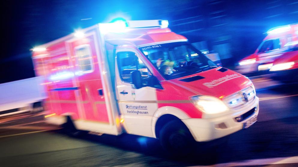 ВСаратовской области «легковушка» врезалась встолб. Погибли два человека