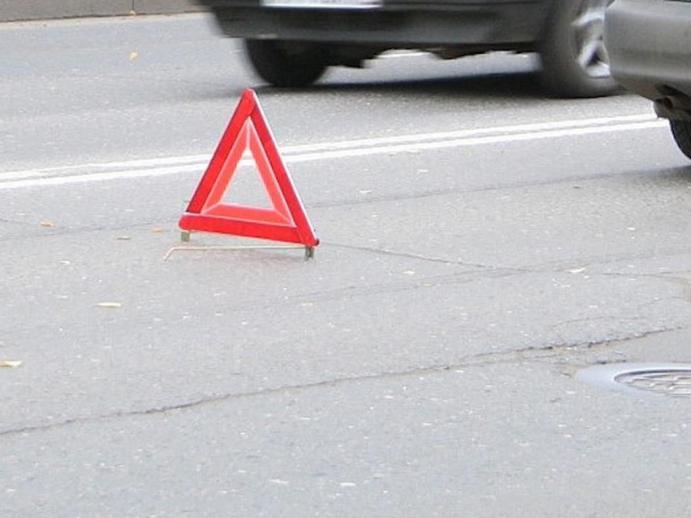 ВБарнауле три человека пострадали встолкновении маршрутки иавто «Почты России»