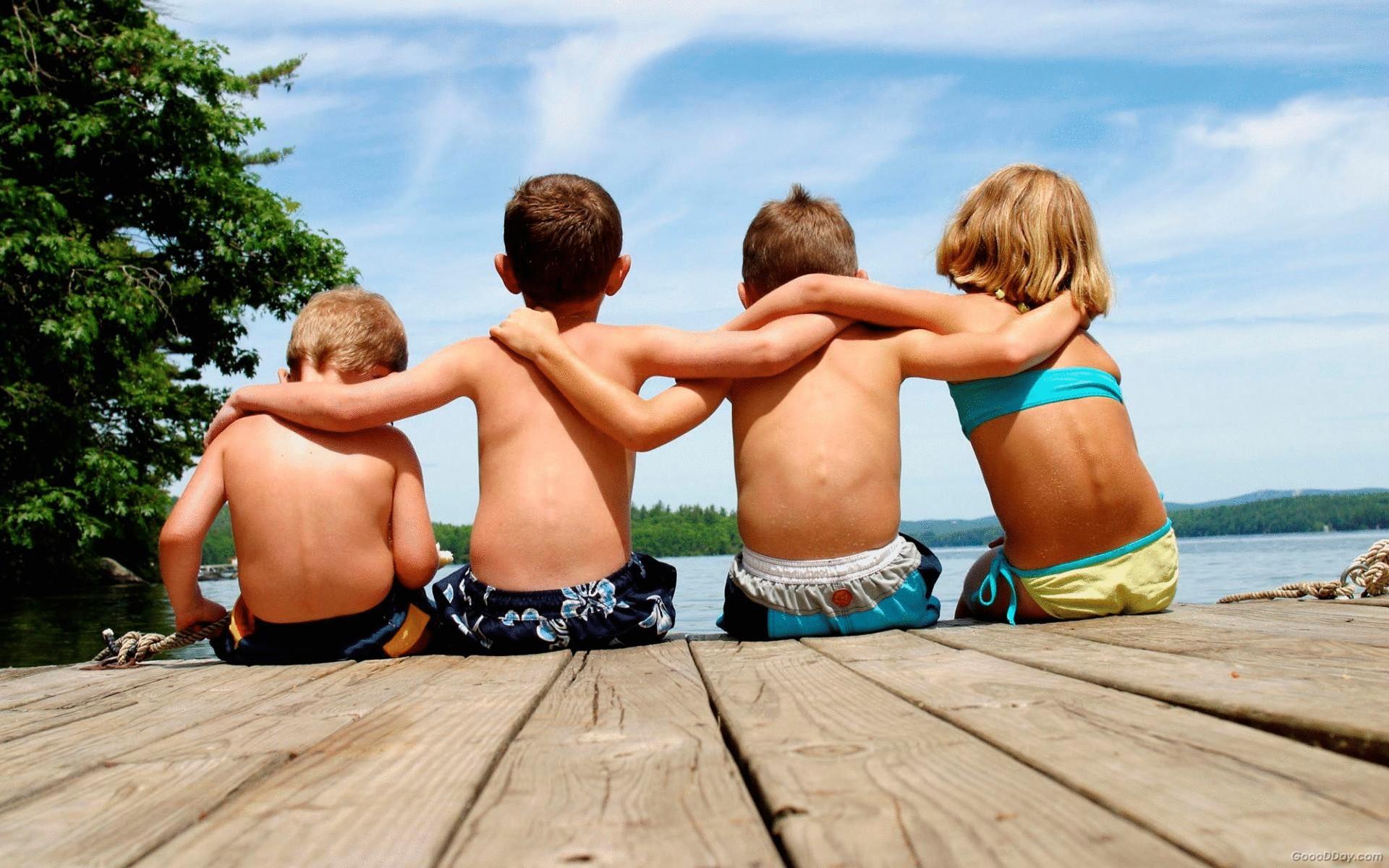 Ученые назвали возраст, после которого люди начинают чаще терять друзей, чем находить