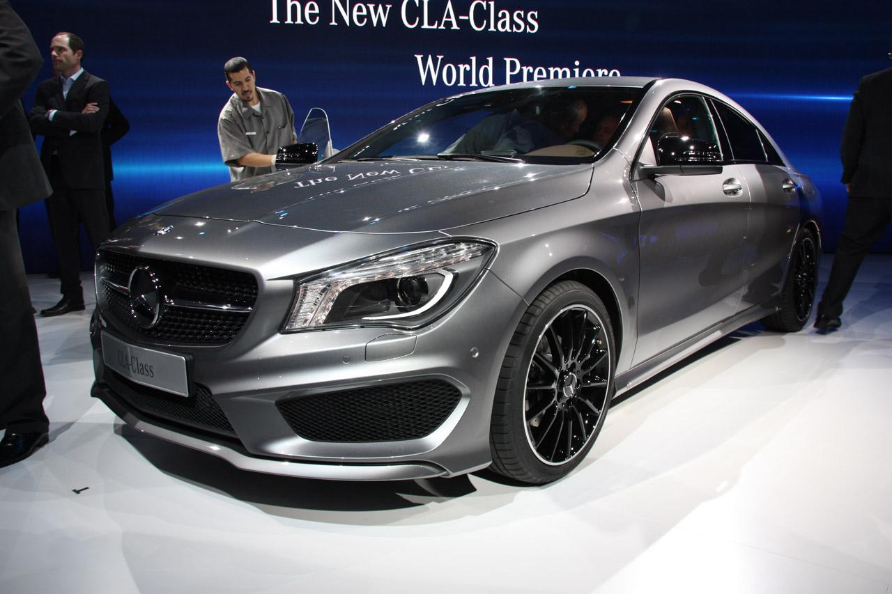 Мерседес-Бенс лидирует повыручке на рынке автомобилей Российской Федерации — Самый прибыльный