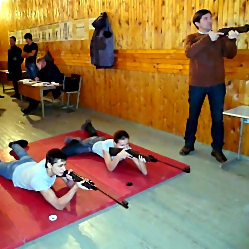 ВБашкирии ранили 11-летнюю девочку впроцессе  стрельбищ ввоенном клубе