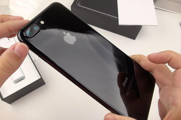 ВiPhone 7 раскраски «черный оникс» появились новые проблемы