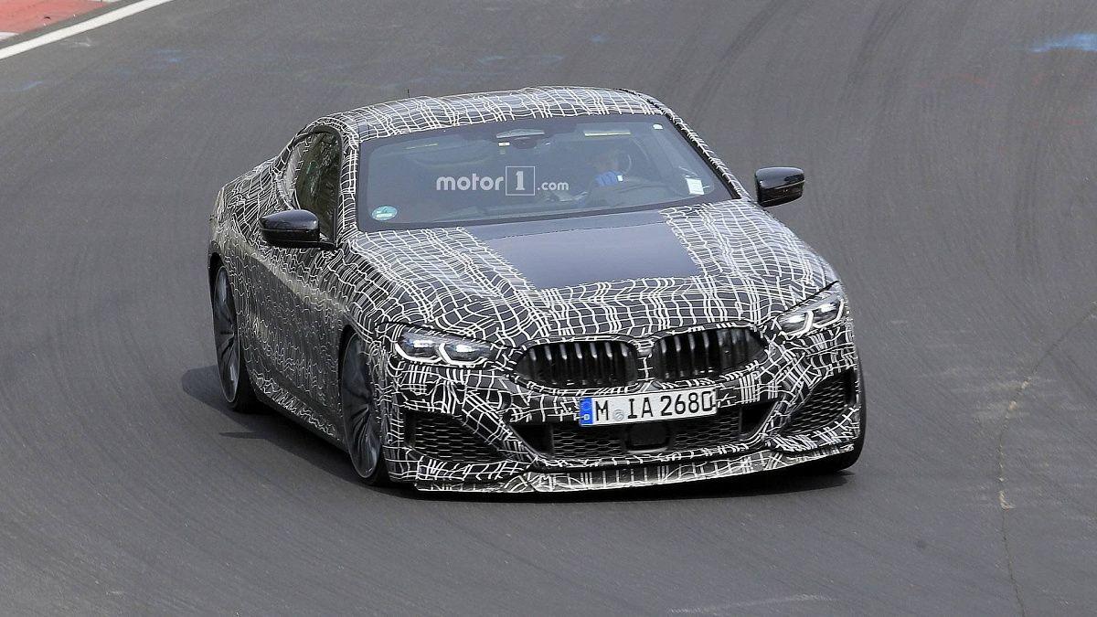 На Нюрбургинге замечены две модели BMW 8 Series