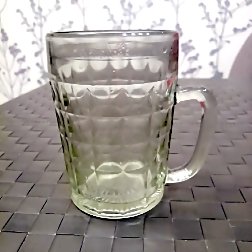 Гражданин Башкирии досмерти забил собутыльника стеклянной кружкой