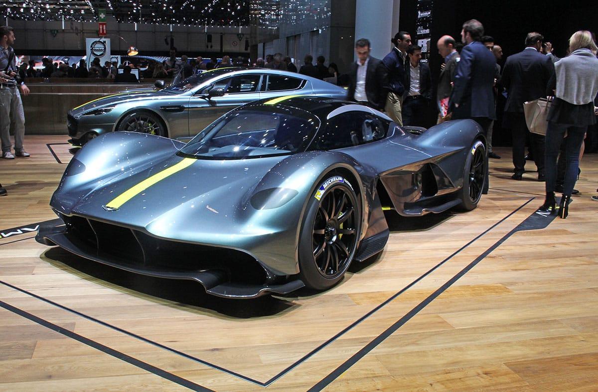 Астон Мартин готовит новый спортивный автомобиль