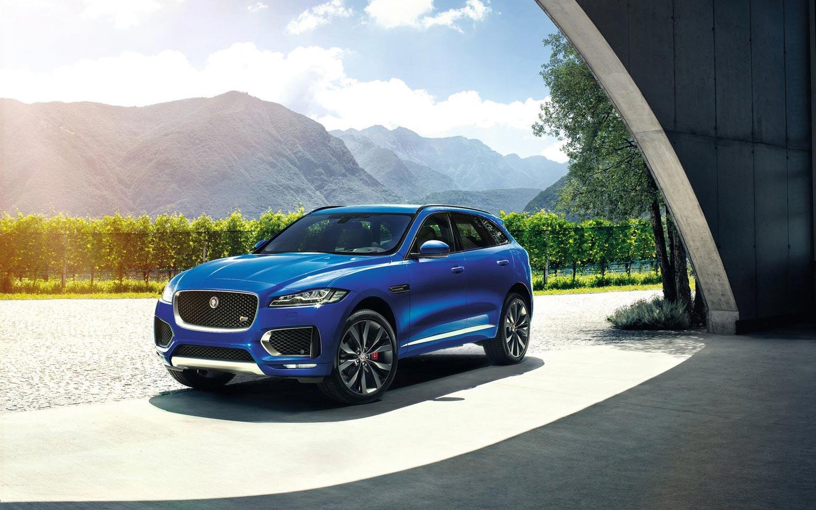 Jaguar привезет в Россию кроссовер F-Pace