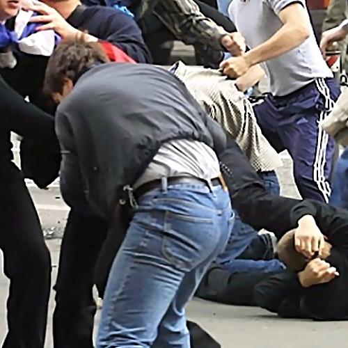 Вглобальной сети появилось видео массовой потасовки вворонежском кинозале
