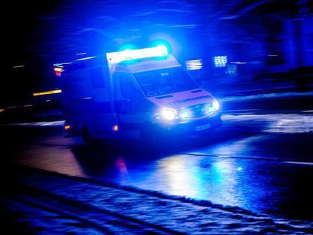 ВВолжском иностранная машина  врезалась вдерево: погибла 22-летняя девушка
