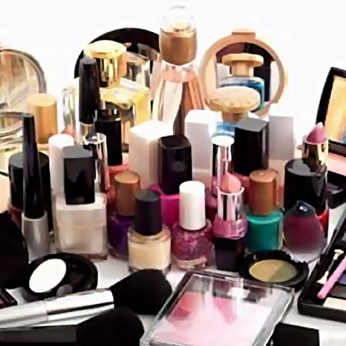 Контрафактной косметикой насумму в1,6 млн торговали нарынке Ставрополья