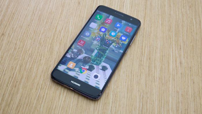 В Российской Федерации стартуют продажи телефона Honor 6X премиум